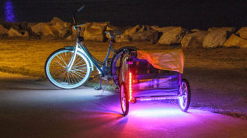 Install Third Kind<sup>®</sup> bicycle lights to any bike trailer or child carrier for a fun and safe upgrade